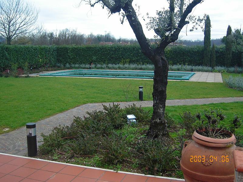 Album ville private sistemazioni esterne e realizzazione for Arredo ville e giardini